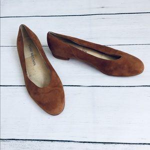 Stuart Weitzman Brown flat shoes size 6.5